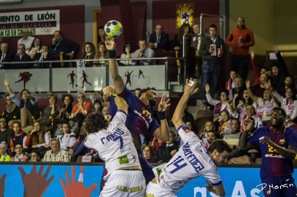 Final ( Ademar 22-28 Barcelona)